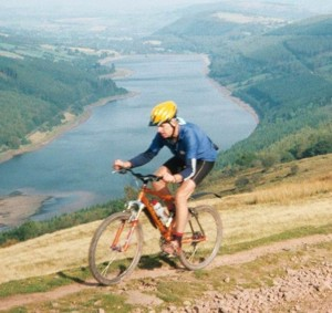 6 night circular cycling Scotland's Great Glen. Biking high over Loch Ness