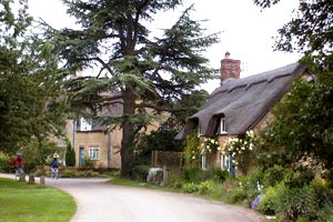7 nights Cycling England Cotswolds and Severn Vale. Pretty Cotswolds villages