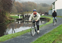 6 night circular cycling Scotland's Great Glen. Biking along the Caledonian Canal