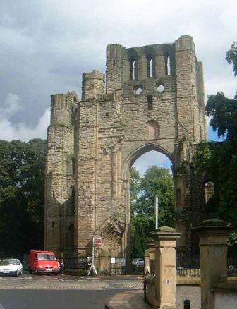 4 nights cycling the 4 Abbeys route in the borders of Scotland. The front of Kelso Abbey